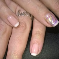 prom_french_nails